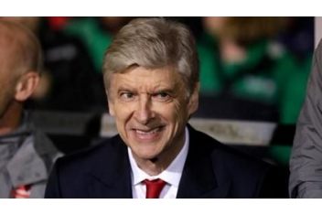 Why doesn't Wenger try success in some other place?